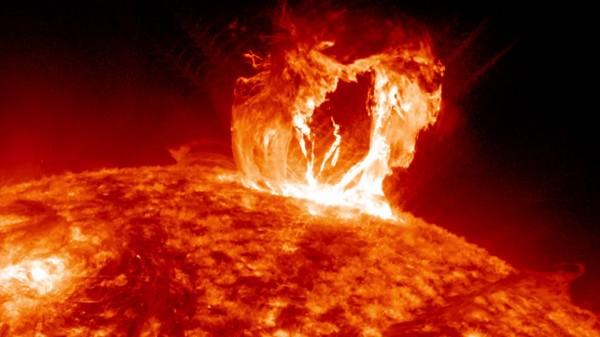 Солнце показало класс Х9